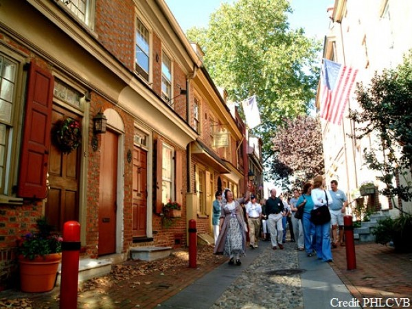 Elfreths Alley Old City credit PHL CVB