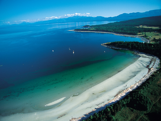 how to get to sunshine coast from vancouver island