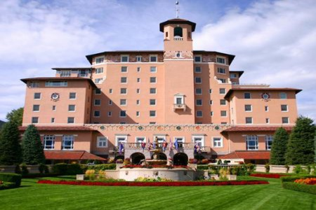 Tourweb-Fernweh-Angebote/USA/ColoradoSprings/TheBroadmoor/Exterior